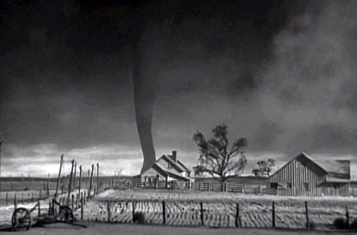 Wizard-of-Oz-tornado